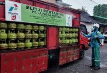 Penyemprotan desinfektan Tabung LPG