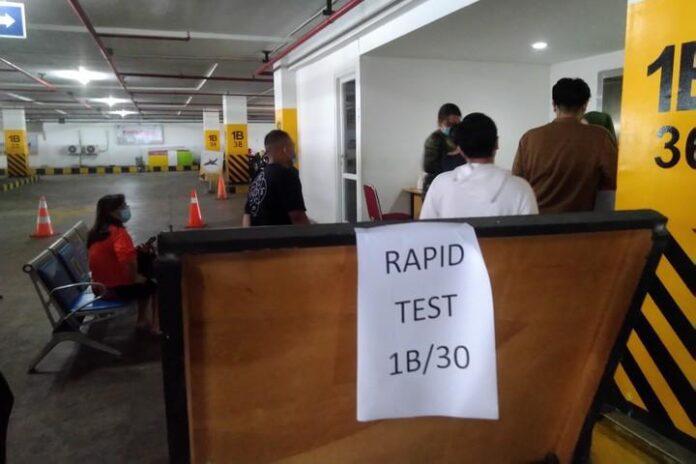 Rapid Test Antigen di Bandara Ahmad Yani