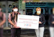 Dirut Pertamina Nicke Widyawati (kanan)