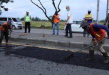 Perbaikan jalan rusak di Lingkar Pati