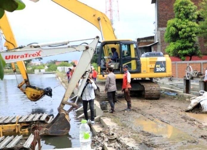 Normalisasi Kali Tenggang di Kota Semarang