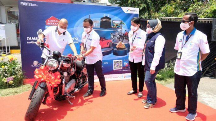 Hadiah Motor Triumph Bonneville Speedmaster