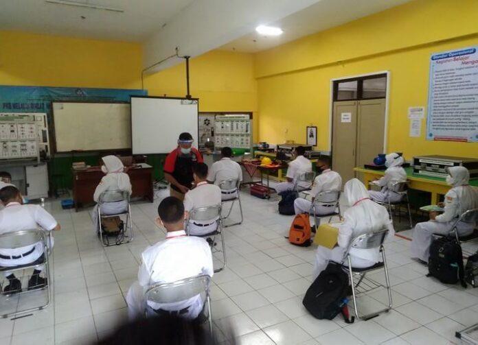 PTM di SMKN 7 Semarang