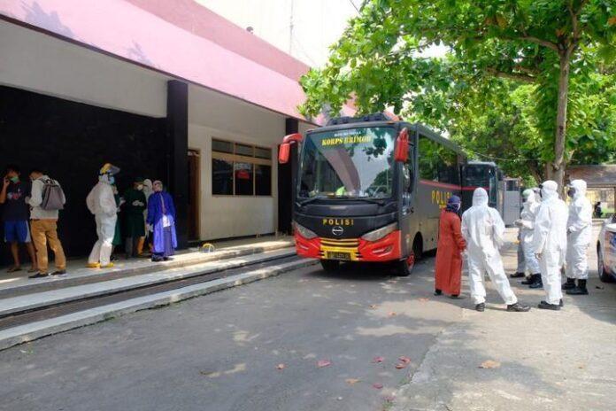 Evakuasi warga Klaten
