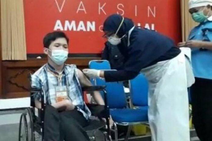 Disabilitas mengikuti vaksinasi